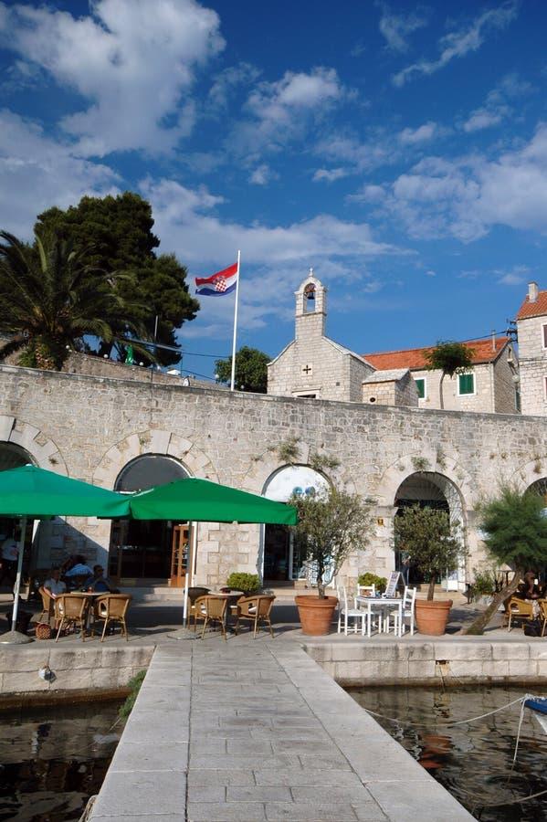 Het eiland Kroatië van de architectuur bol brac stock foto's