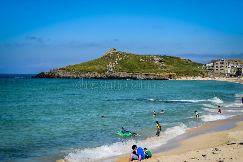 Het Eiland, St Ives, van Porthmeor-Strand royalty-vrije stock foto