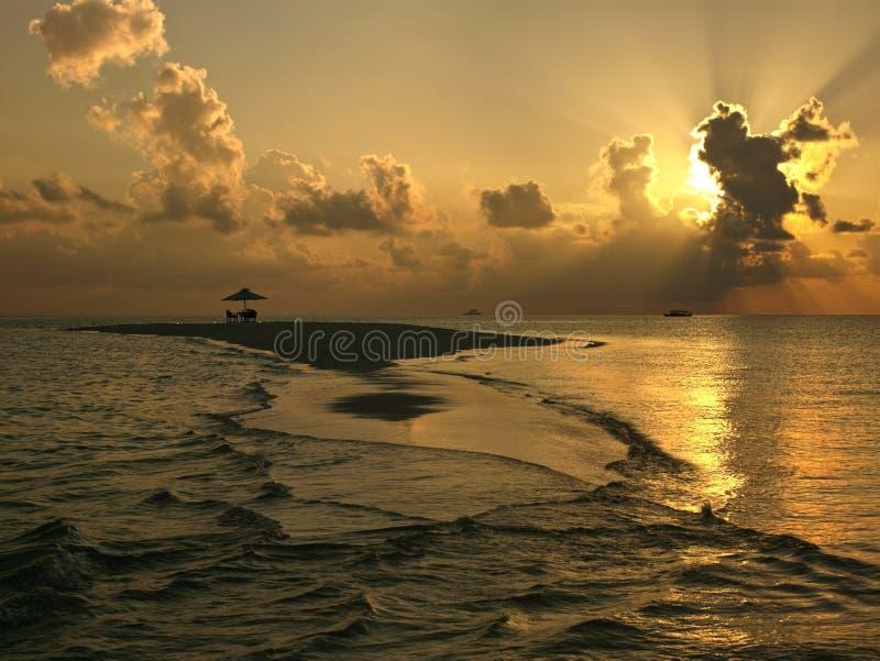 Het Eiland van de woestijn - de Maldiven stock fotografie