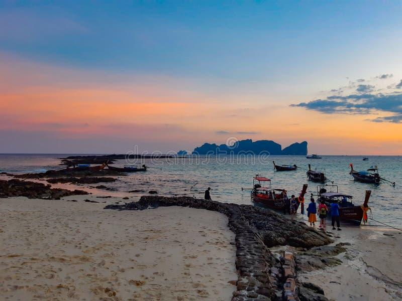 Het eiland van Long Beach Phi Phi stock afbeelding