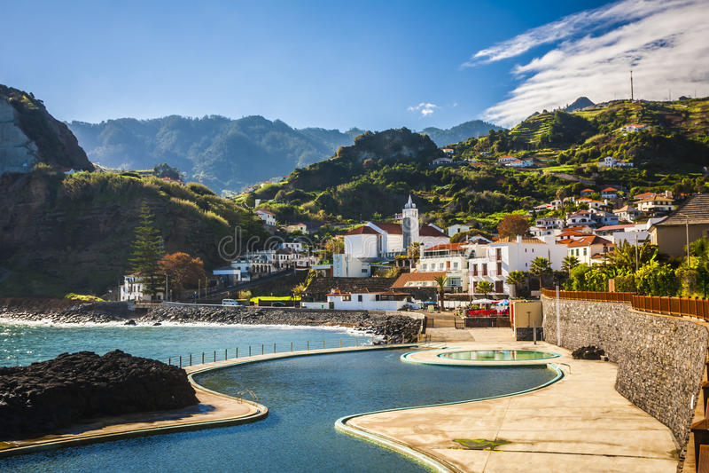 Het eiland van madera, van Faial-dorp stock foto's