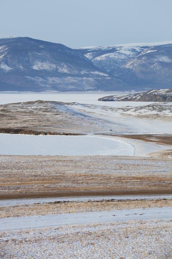 Het eiland van Olkhon De winterlandschap, Meer Baikal stock foto's