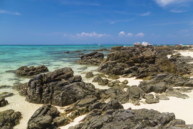 Het eiland van het paradijs Bamboeeiland Ko Phi Phi Don thailand stock afbeelding