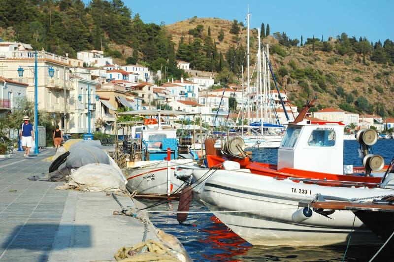Het eiland van Poros - populaire toeristenplaats in Griekenland royalty-vrije stock afbeelding