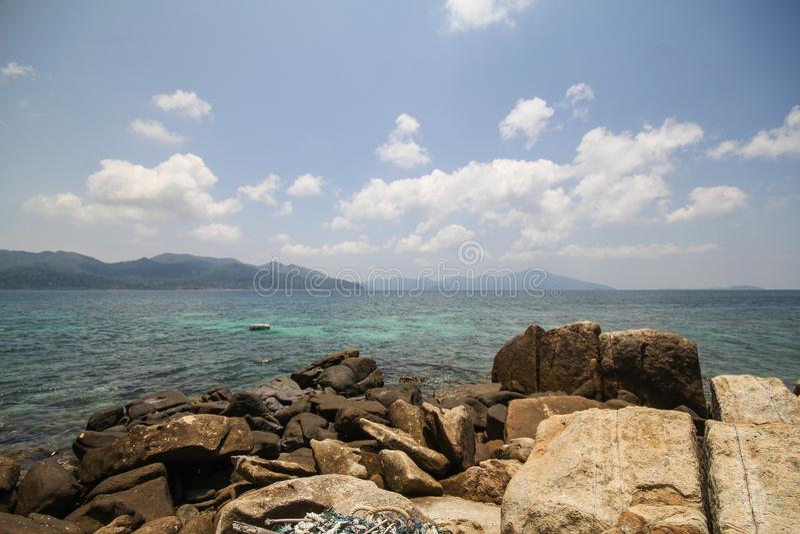Het eiland van Rokroy, Koh Rok Roy, Satun, Thailand stock foto's