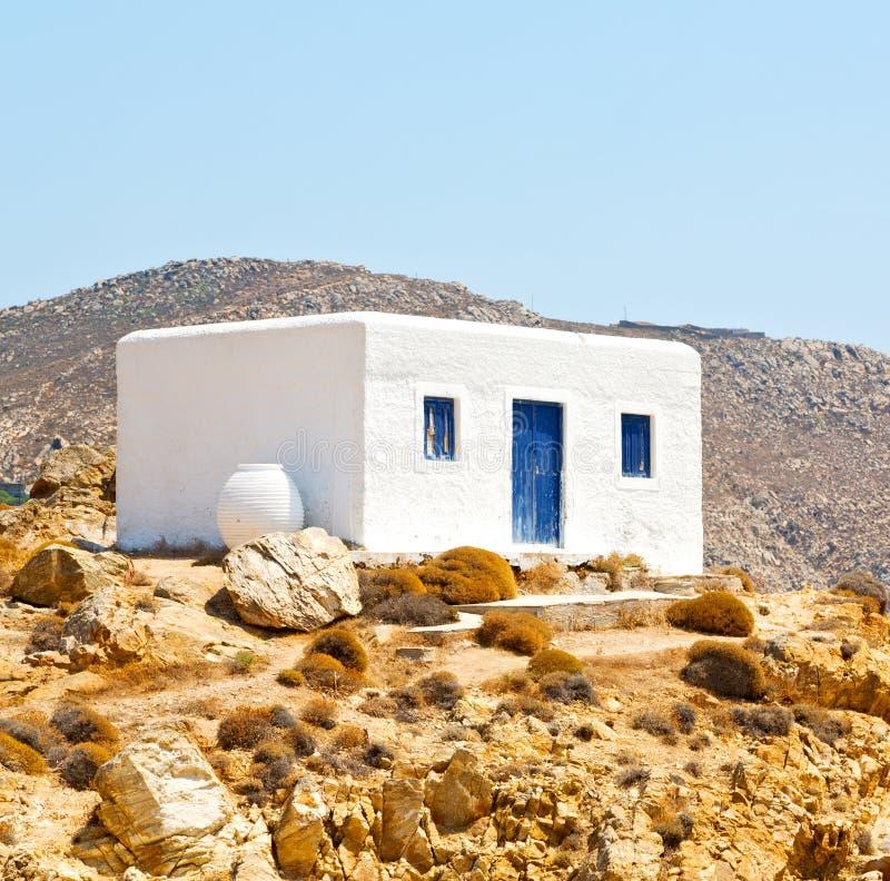 in het eiland van van antorinieuropa van Griekenland het oude huis en witte kleur stock afbeelding