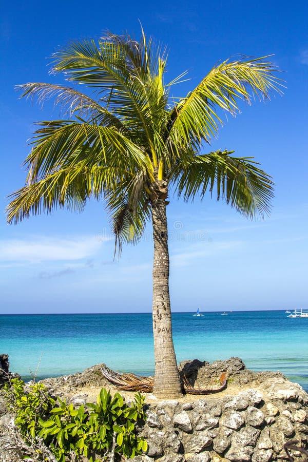 Het eilandoverzees van Boracayfilippijnen, strand, water, oceaan, kust, blauw, hemel, landschap, de zomer, aard, eiland, tropisch stock afbeeldingen