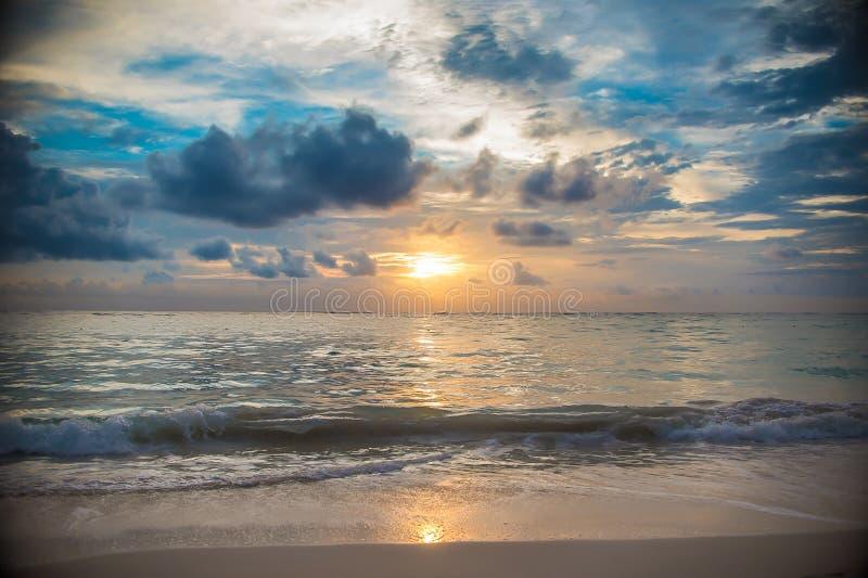 Het eilandzonsopgang en zonsondergang van de Dominicaanse republiek stock fotografie