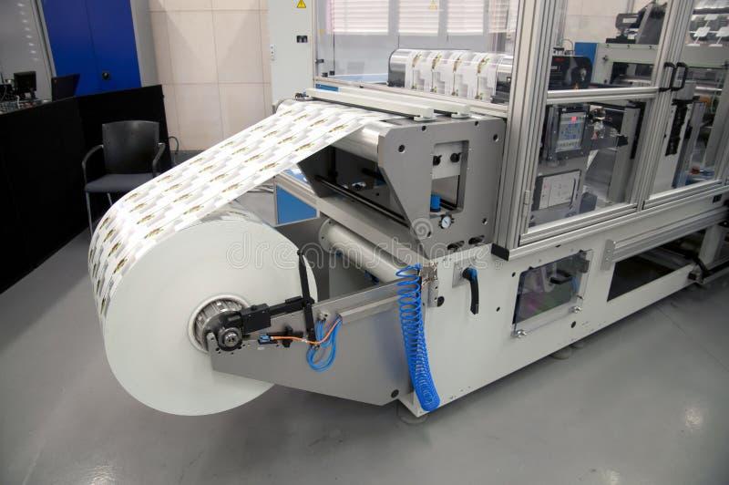 Het eindigen van af:drukken apparatuur voor etiket stock foto's