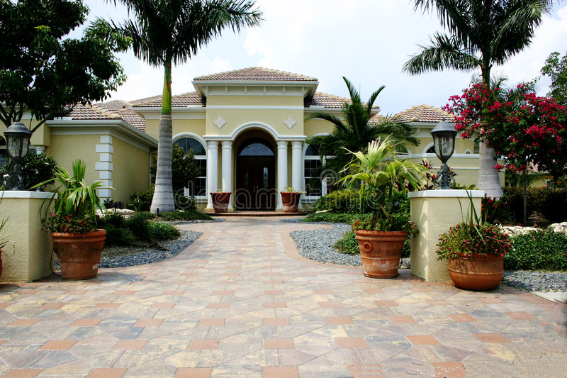 Het elegante Huis van het Landgoed stock afbeeldingen
