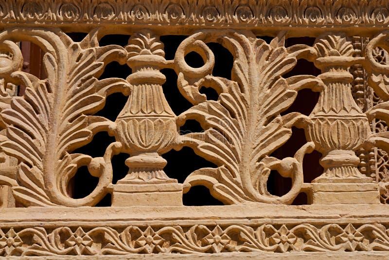 Het element verfraait van balkon in Mandir-Paleis, Jaisalmer, India stock foto