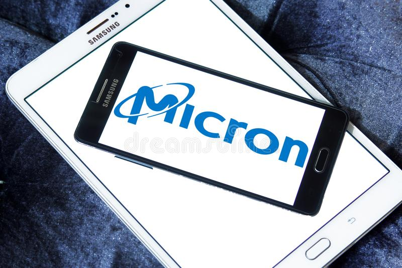 Het embleem van de microntechnologie royalty-vrije stock afbeeldingen