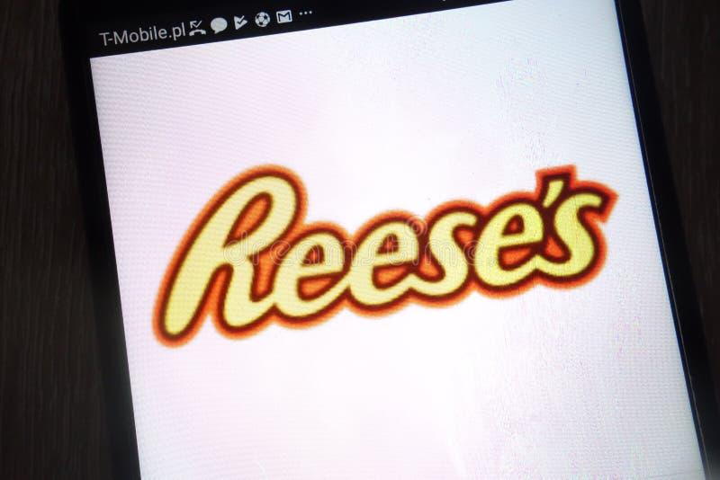 Het embleem van Reese op een moderne smartphone wordt getoond die stock fotografie