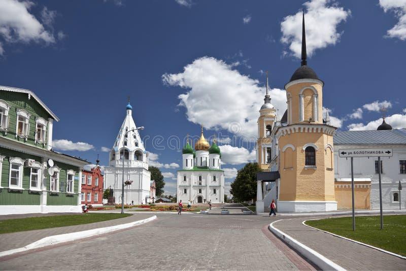 Het ensemble van de gebouwen van het Kathedraalvierkant in Kolomna het Kremlin. Kolomna. Rusland royalty-vrije stock foto