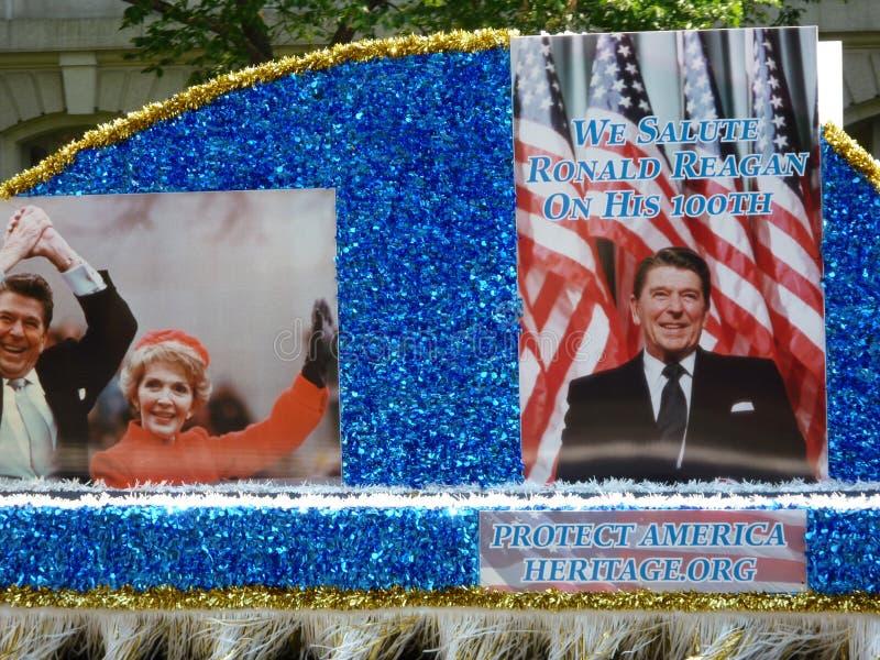 Het eren van Ronald Reagan royalty-vrije stock afbeeldingen