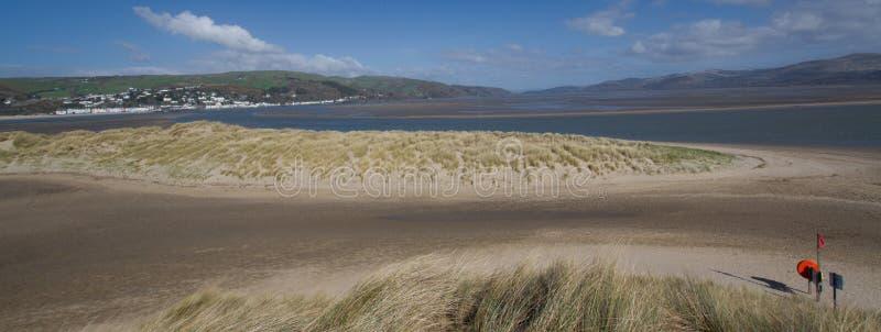 Het estuarium van Dyfi in West Wales stock afbeeldingen
