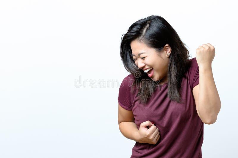 Het Exuberant jonge Chinese vrouw toejuichen stock afbeeldingen