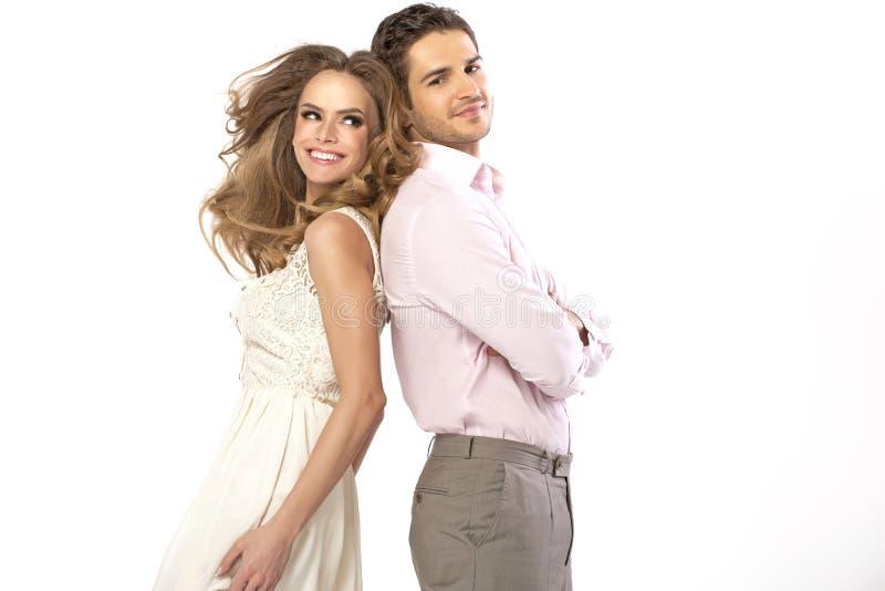 Het fabelachtige jonge paar in romantisch stelt royalty-vrije stock foto's