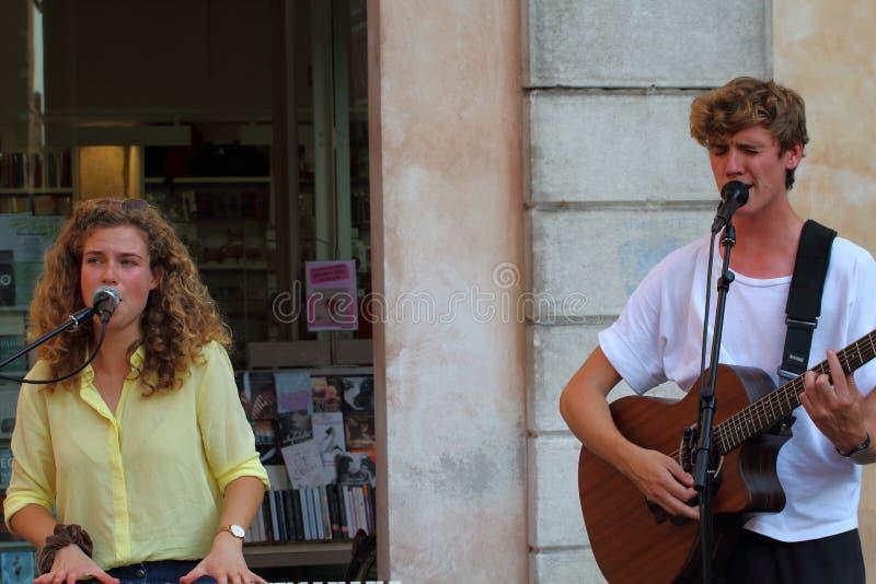 Het Ferrara Buskers Festival, van 24 tot 1 september, is gewijd aan de kunst van het stock afbeelding