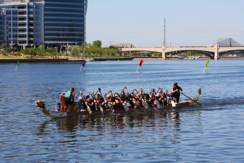 Het Festival van de Boot van de Draak van Arizona bij het Meer van de Stad Tempe stock fotografie