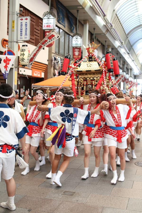 Het Festival van Osaka, Japan - van Tenjin Matsuri stock foto