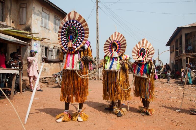 Het Festival van Otuoukpesose - Itu Maskerade in Nigeria stock afbeelding