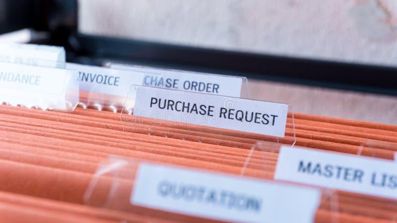 Het financiële contract van het kooporderdocument houdt in de omslag royalty-vrije stock foto's
