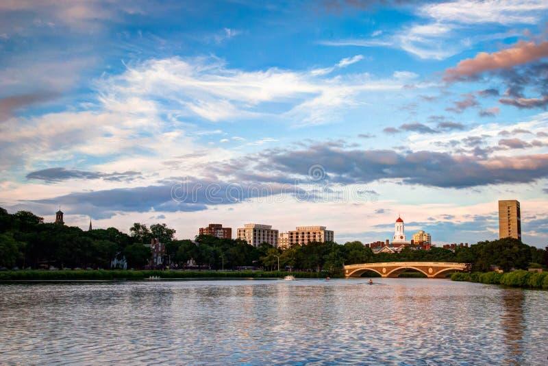Het flikkeren Charles River stock foto