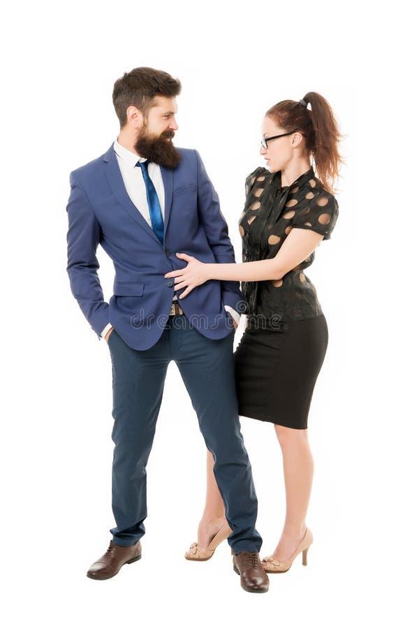 Het flirten met werkgever Man en vrouwen bedrijfscollega's Bureauflirt Carri?rebedrijf Bureaupaar Het flirten en royalty-vrije stock fotografie