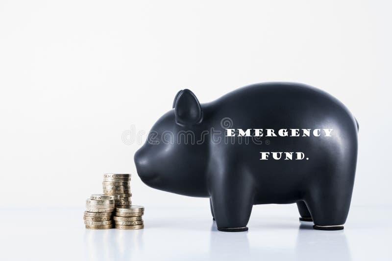 Het fonds van Emmergency van het spaarvarken royalty-vrije stock foto's