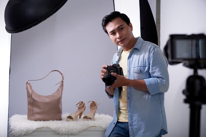 Het fotograferen van toebehoren en schoenen royalty-vrije stock afbeelding