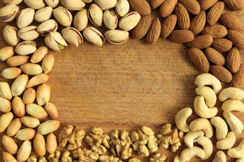 Het frame van noten royalty-vrije stock afbeelding
