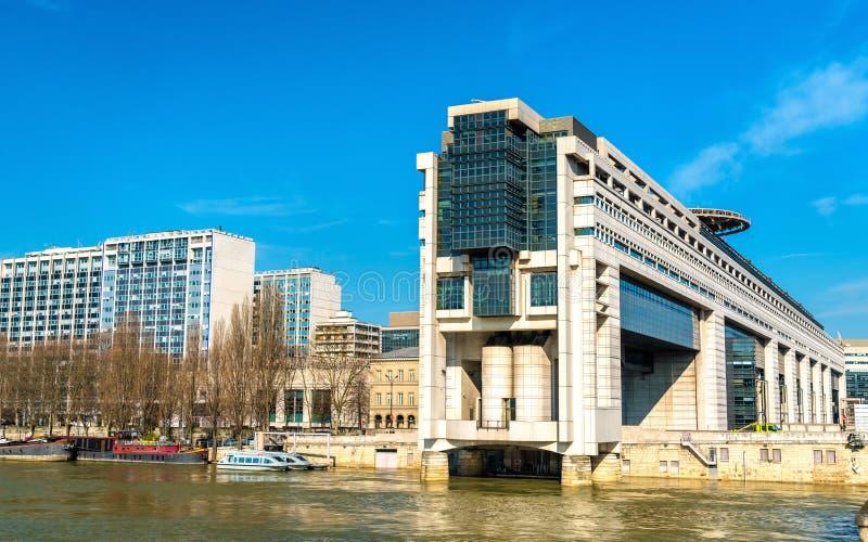 Het Franse Ministerie voor de Economie en Financiën in het Bercy-district van Parijs stock foto's