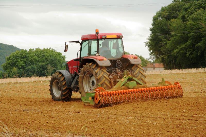 Het Franse Ploegen van de Tractor stock fotografie