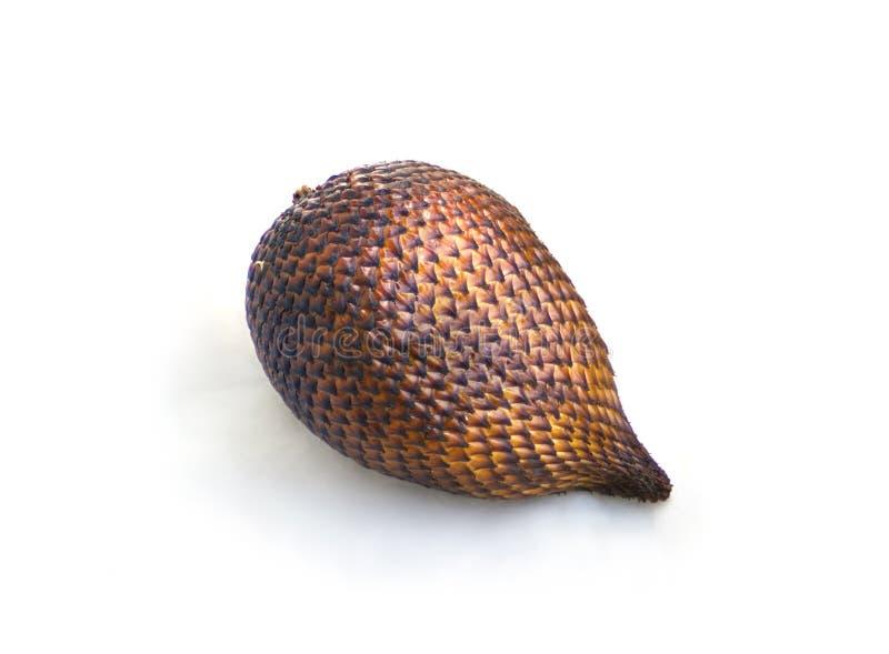 Het fruit van de Salakslang op wit wordt geïsoleerd dat stock afbeeldingen