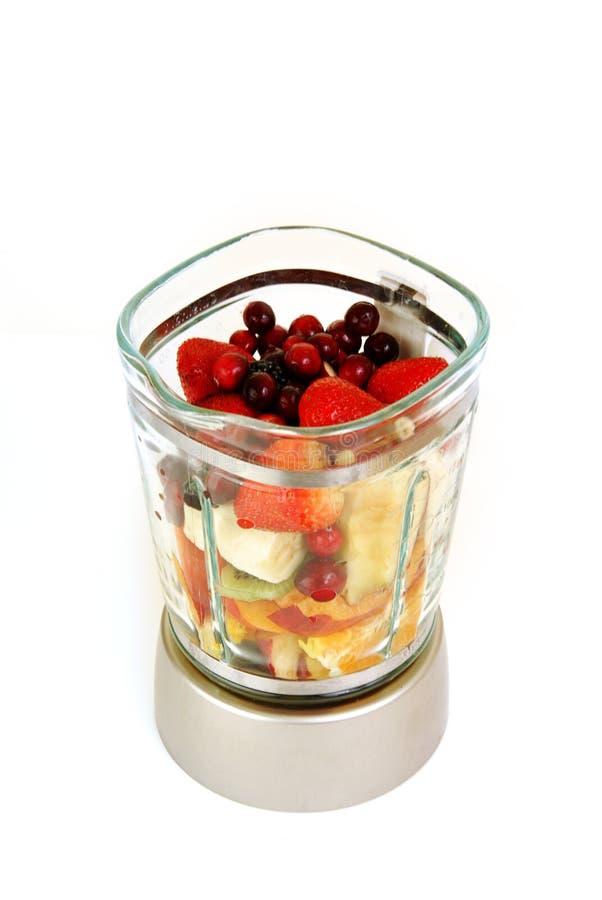 Het fruit van Smoothie in een mixer royalty-vrije stock foto's