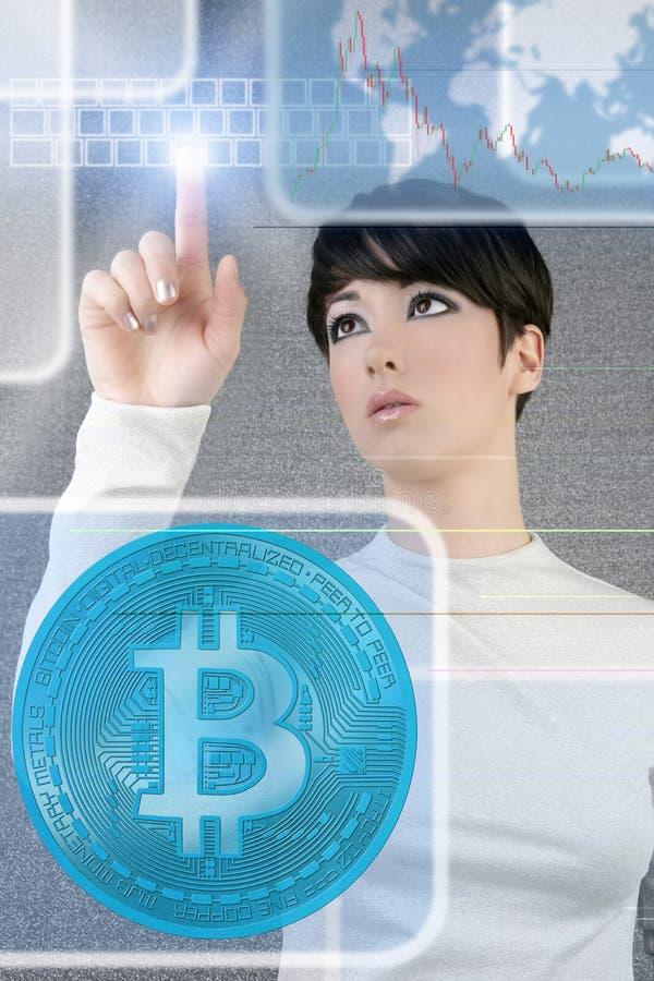 Het futuristische scherm van de de vrouwenaanraking van Bitcoin BTC stock afbeelding