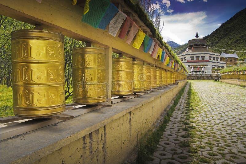 Het gebedwielen van Tibet stock afbeelding