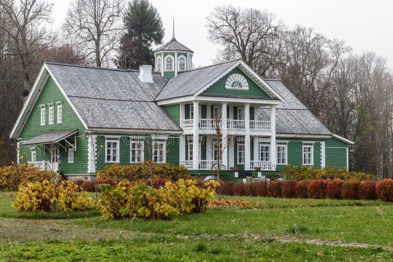 HET GEBIED VAN PSKOV, RUSLAND - OKTOBER 20, 2018: Het oude huis van P A royalty-vrije stock afbeeldingen