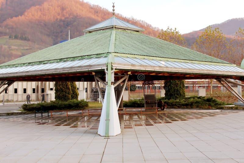 Het gedenkteken srebrenica-Potocari en de begraafplaats voor de slachtoffers van royalty-vrije stock fotografie