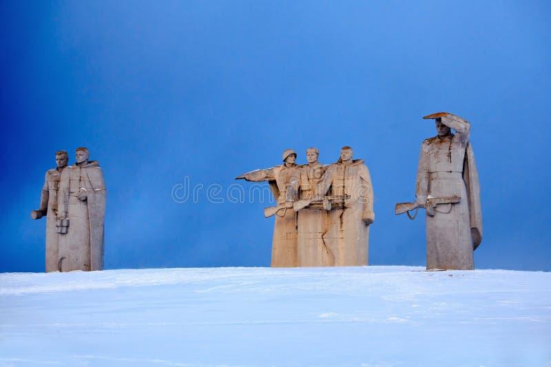 het gedenkteken van 28 panfilovhelden dichtbij dorp Nelidovo, Volokolamsk-district, het gebied van Moskou royalty-vrije stock foto's