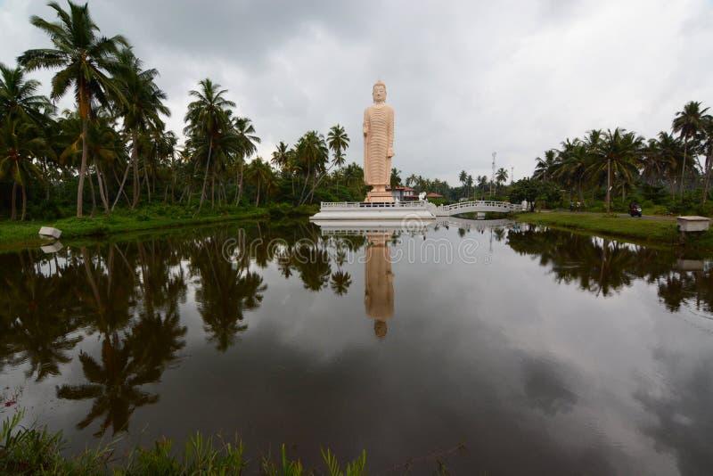 Het gedenkteken van Tsunamihonganji Vihara Hikkaduwa Sri Lanka stock afbeelding