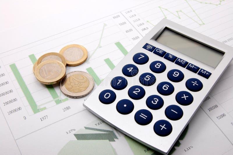 Het geld over bedrijfsgrafiek toont succes stock afbeelding
