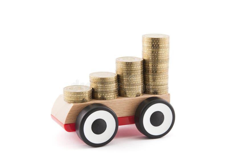 Het geld van de besparing voor een auto stock afbeeldingen
