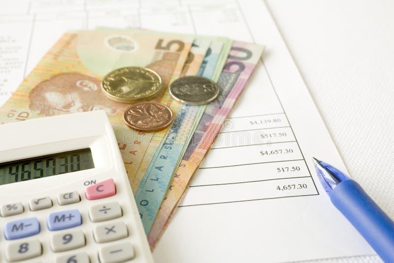 Het Geld van Nieuw Zeeland en het Betalen van Rekeningen stock foto's