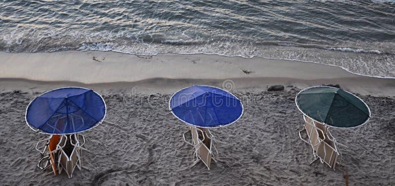 Het gelijk maken bij het strand stock fotografie