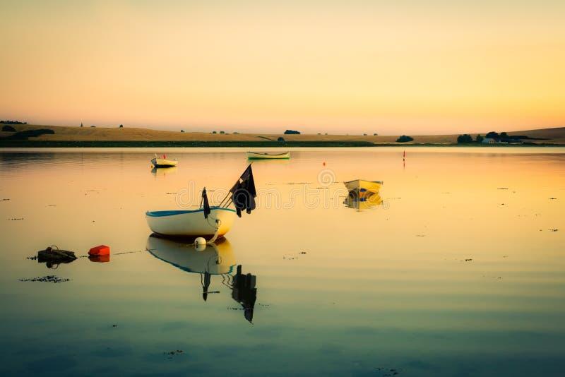 Het gelijk maken van rust bij de (retro) baai stock afbeelding