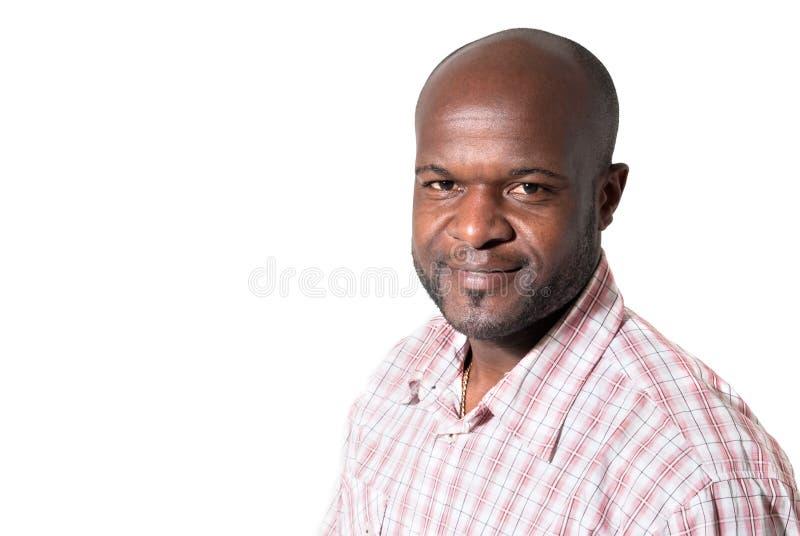 Het gelukkige Afrikaanse zakenman glimlachen stock foto