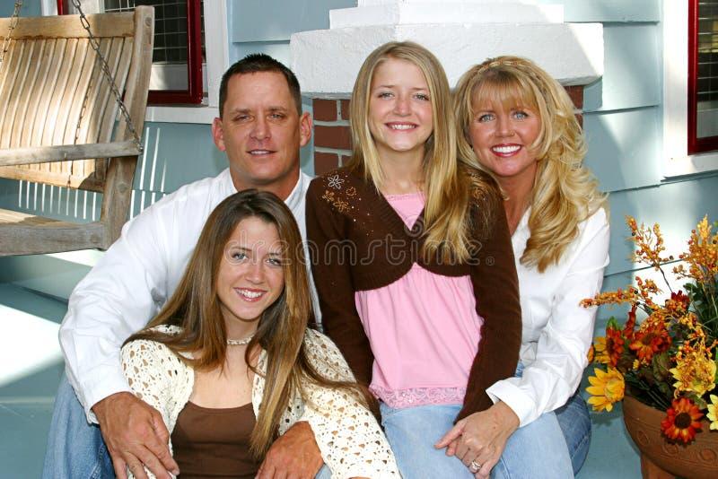 Het gelukkige Huis van de Familie royalty-vrije stock foto's