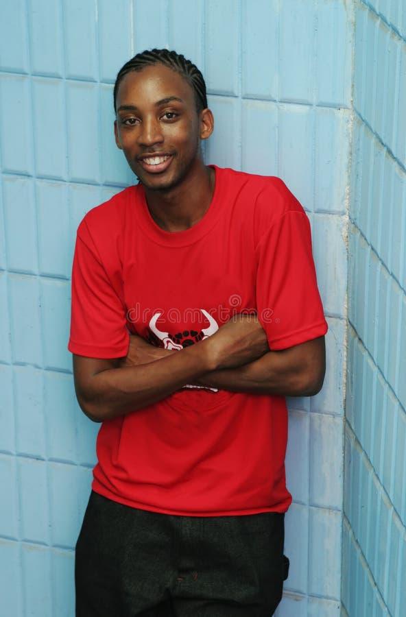 Het gelukkige Jamaicaanse mens glimlachen royalty-vrije stock afbeeldingen